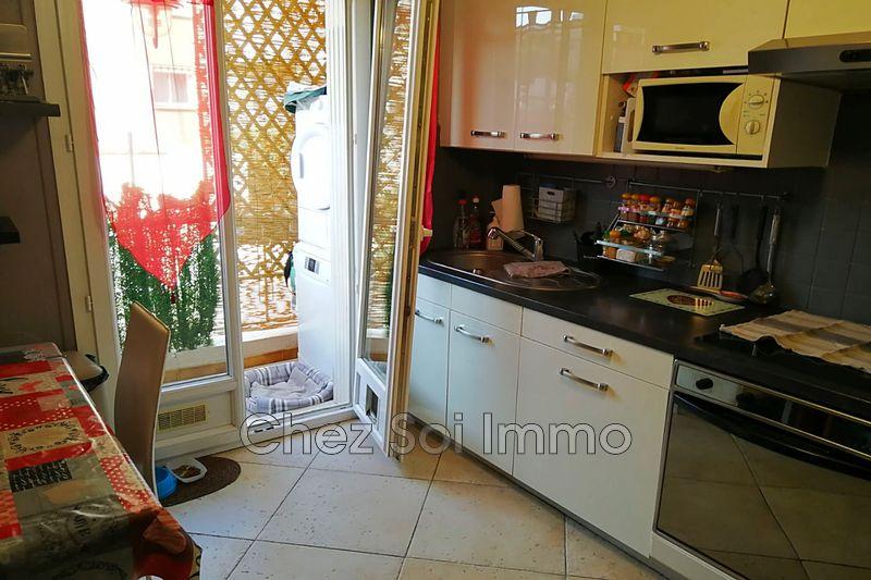 Photo n°5 - Vente appartement Saint-Laurent-du-Var 06700 - 184 000 €