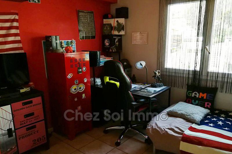 Photo n°6 - Vente appartement Saint-Laurent-du-Var 06700 - 184 000 €