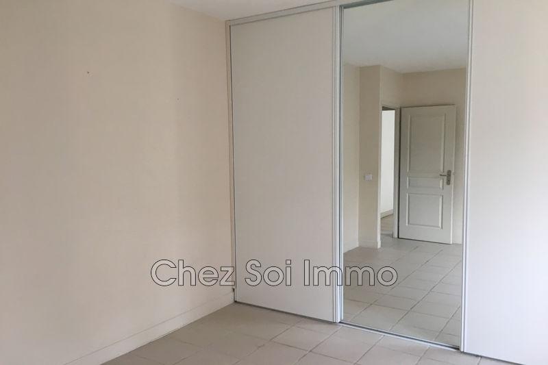 Photo n°9 - Vente appartement Châteauneuf-Grasse 06740 - 351 750 €