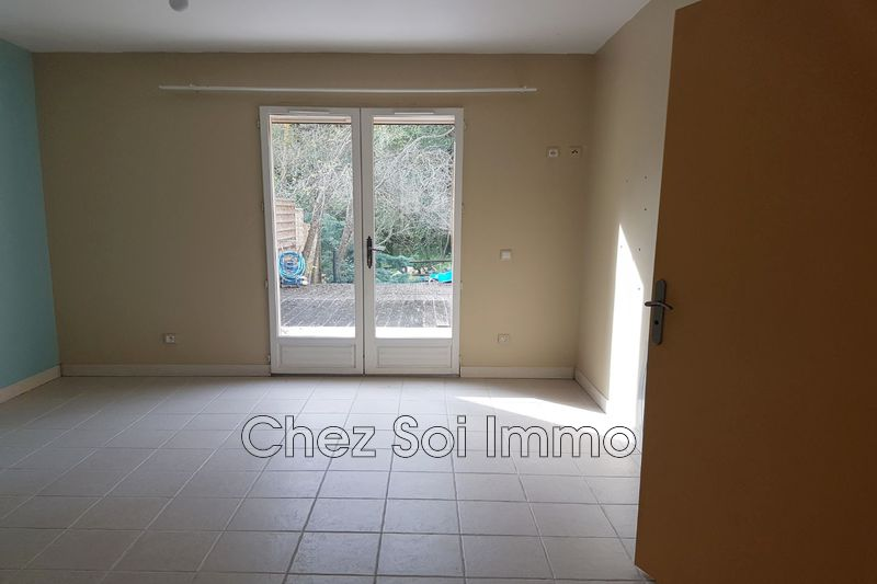 Photo n°8 - Vente appartement Châteauneuf-Grasse 06740 - 351 750 €