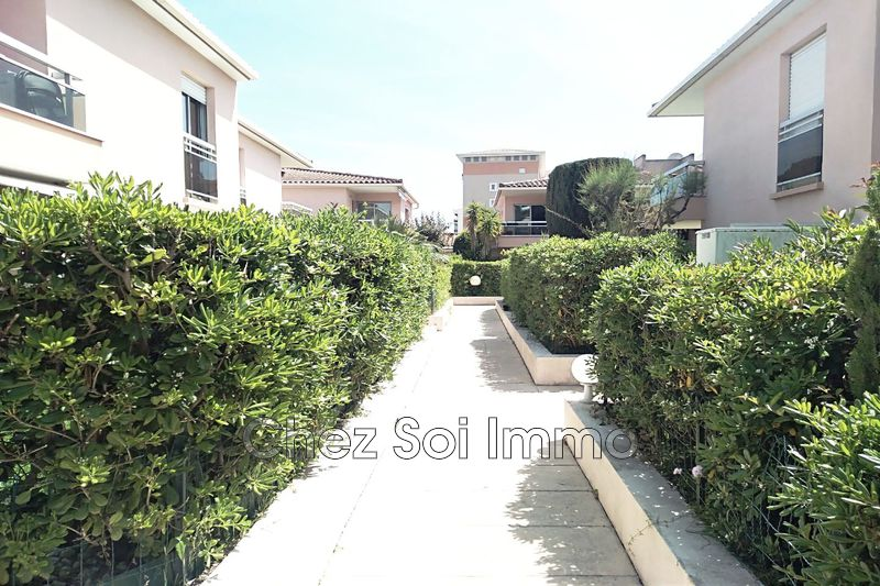 Photo Appartement Golfe-Juan Golfe juan mer,   achat appartement  2 pièces   40m²