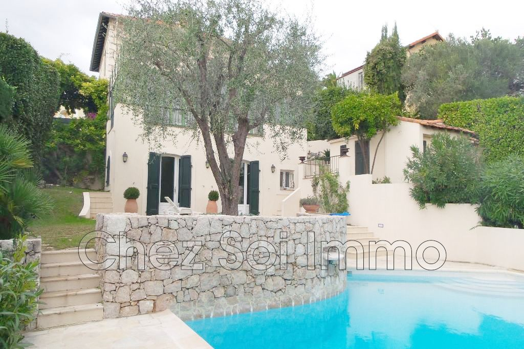 Villa Cagnes-sur-Mer Centre-ville, to buy villa 5 bedrooms 216 m²