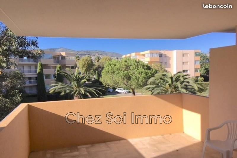 Photo n°3 - Vente appartement Mandelieu-la-Napoule 06210 - 141 750 €