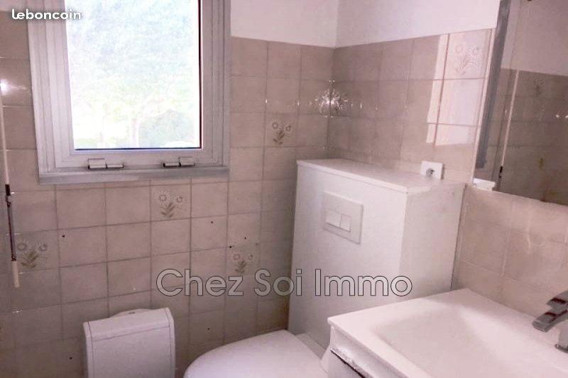 Photo n°10 - Vente appartement Mandelieu-la-Napoule 06210 - 141 750 €