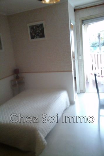 Apartment Cagnes-sur-Mer Proche plages,   to buy apartment  1 room   32 m²
