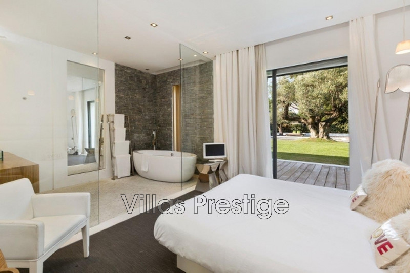 Location saisonnière maison contemporaine Saint-Tropez 281_9b16fa41bd6685e08e523d4b8cba0602