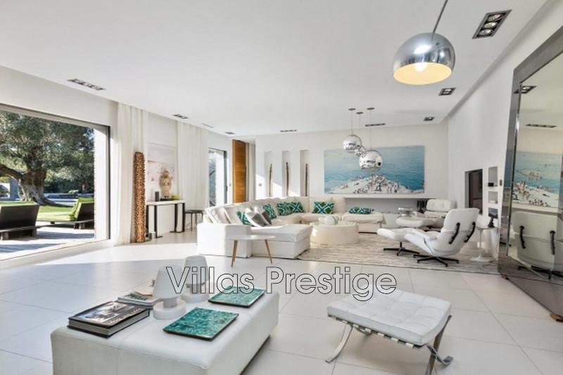 Location saisonnière maison contemporaine Saint-Tropez 281_c90ab8c96c0749ff79127fae77170b8b