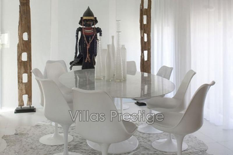 Location saisonnière maison contemporaine Saint-Tropez 281_ddbbf299bc88c207cbdfb55db104fd1d