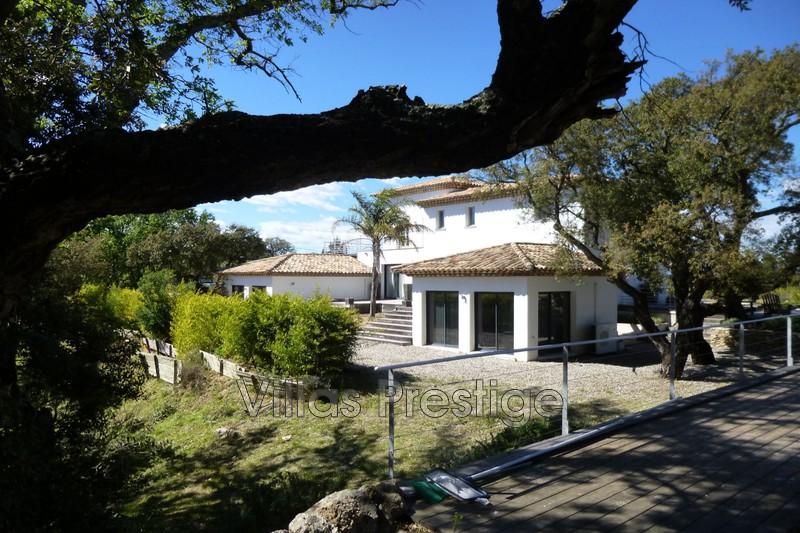 Photo Maison contemporaine Le Plan-de-la-Tour  Location saisonnière maison contemporaine  4 chambres   226m²