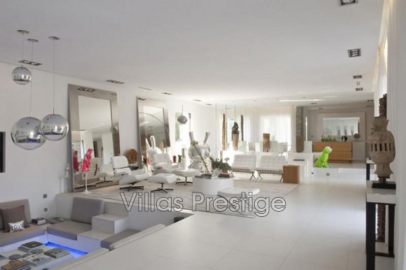Vente maison contemporaine Saint-Tropez 281_60dc0d80862a8612fd5a71d88fe54aae