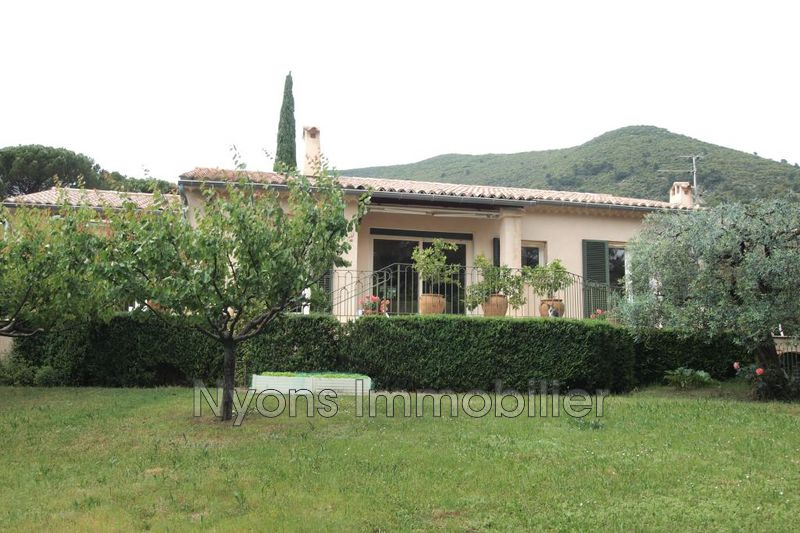 Photo Villa Nyons   achat villa  3 chambres   166m²