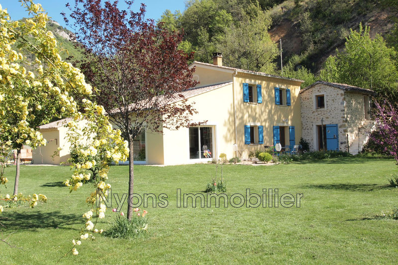 Photo Villa Nyons   to buy villa  5 bedrooms   167 m²