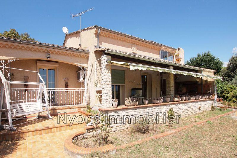 Photo Villa Vinsobres Village,   achat villa  4 chambres   232m²