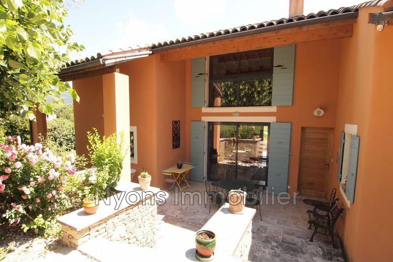 Photo Villa Sainte-Jalle   achat villa  6 chambres   247m²
