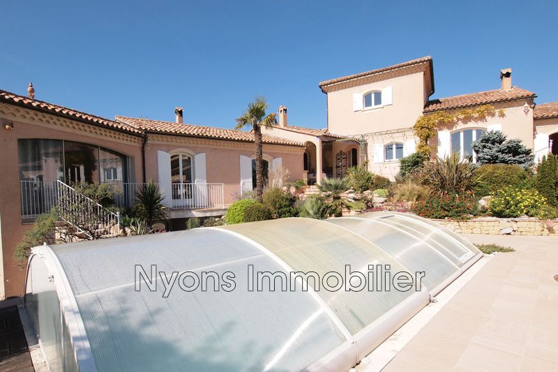 Photo Villa NYONS 8 Kms Drôme provençale,   achat villa  4 chambres   196m²