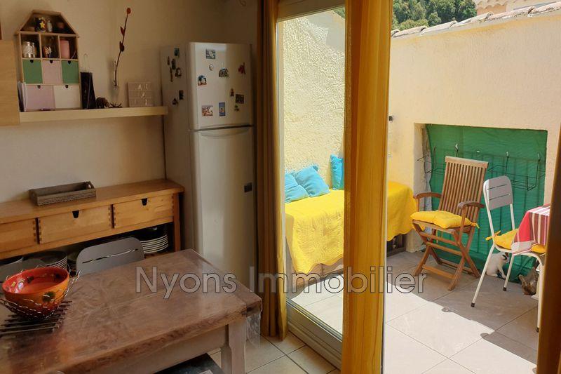 Photo Appartement Nyons   achat appartement  2 pièces   50m²