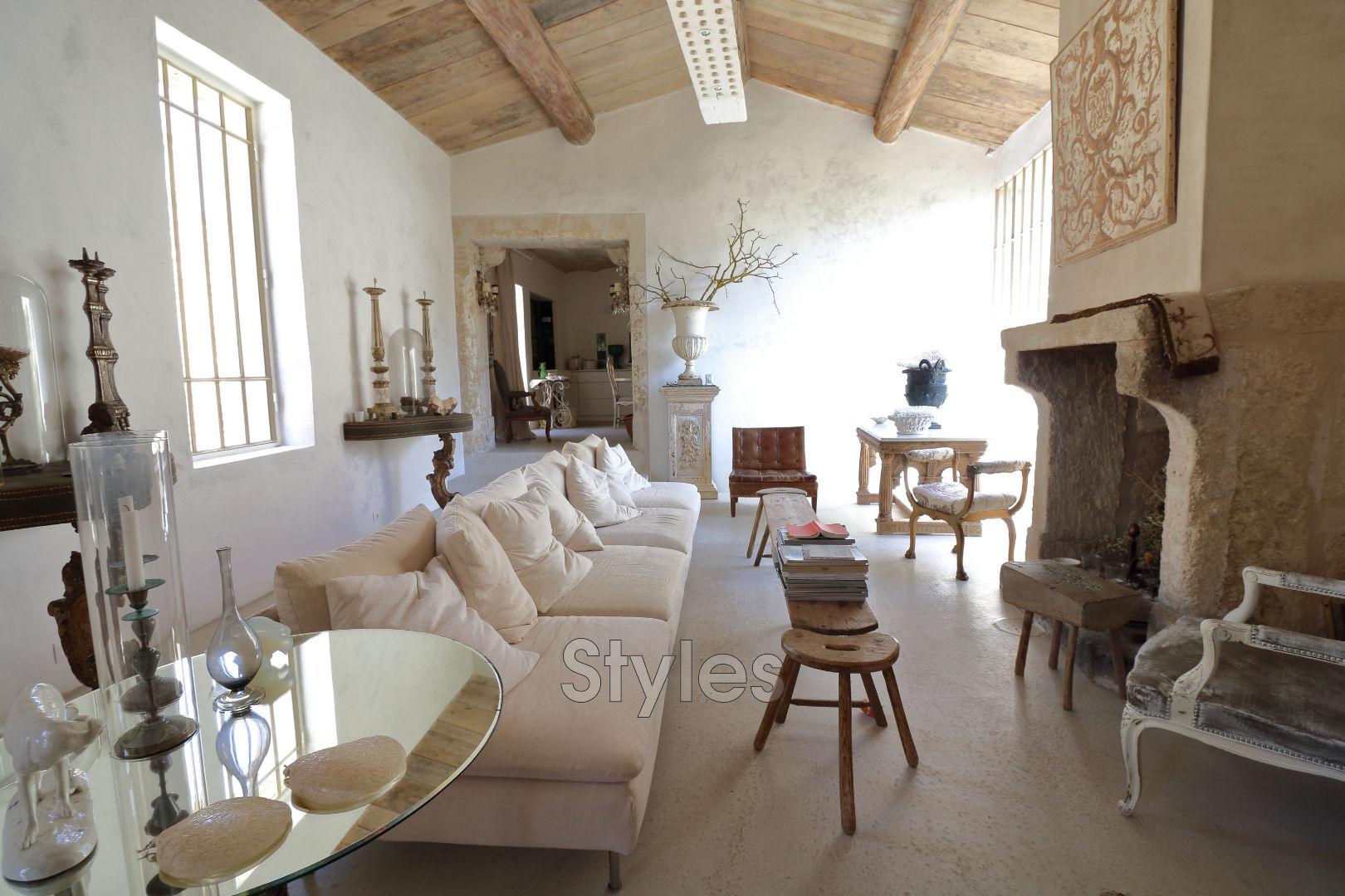 Maison uz s achat maison 3 chambres 250 m for Achat maison uzes