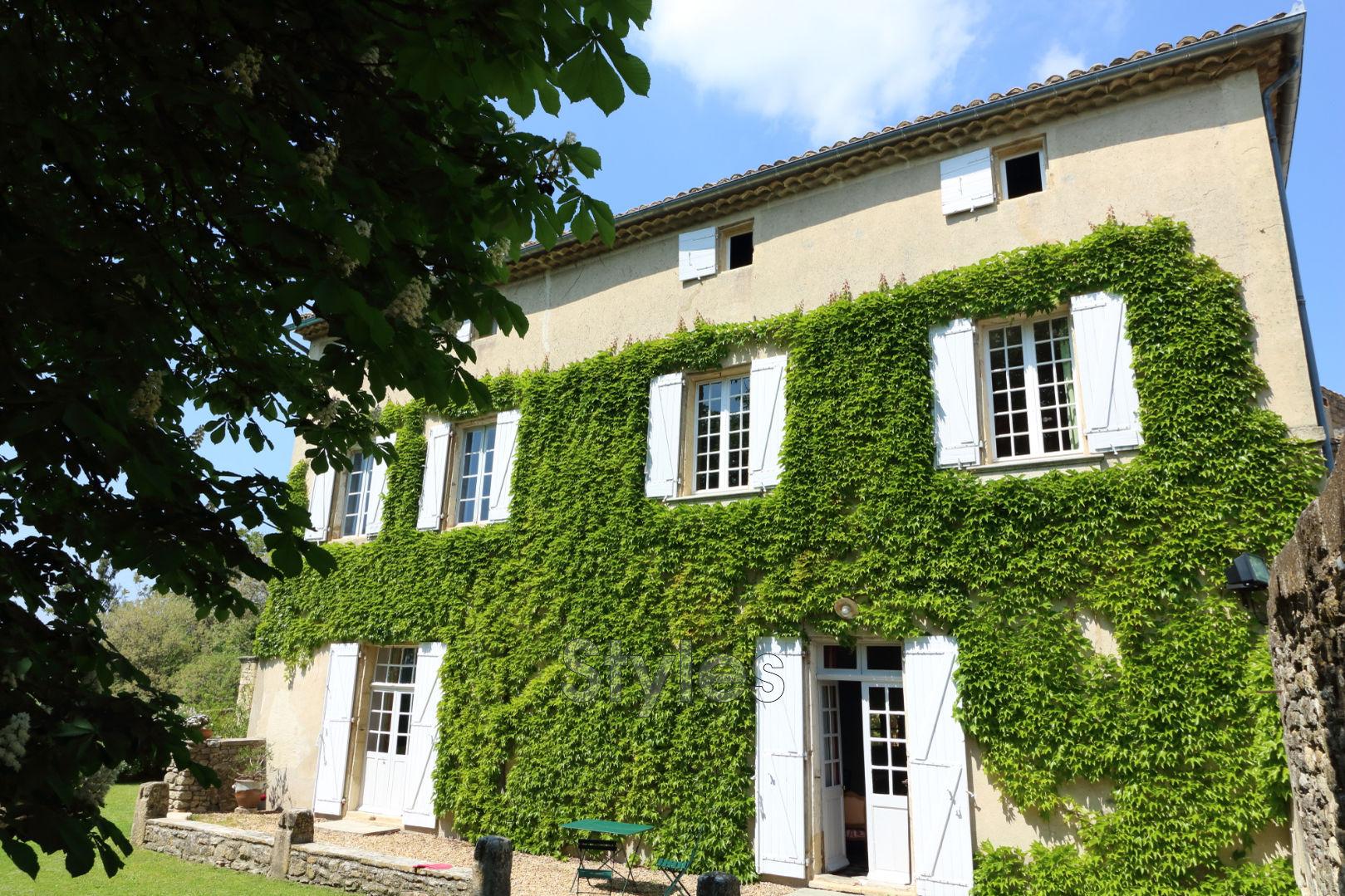 Vente maison de ma tre uz s 30700 1 375 000 for Achat maison uzes