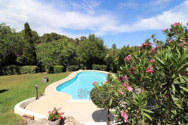 Photo Villa Montpellier   achat villa  6 chambres   215m²