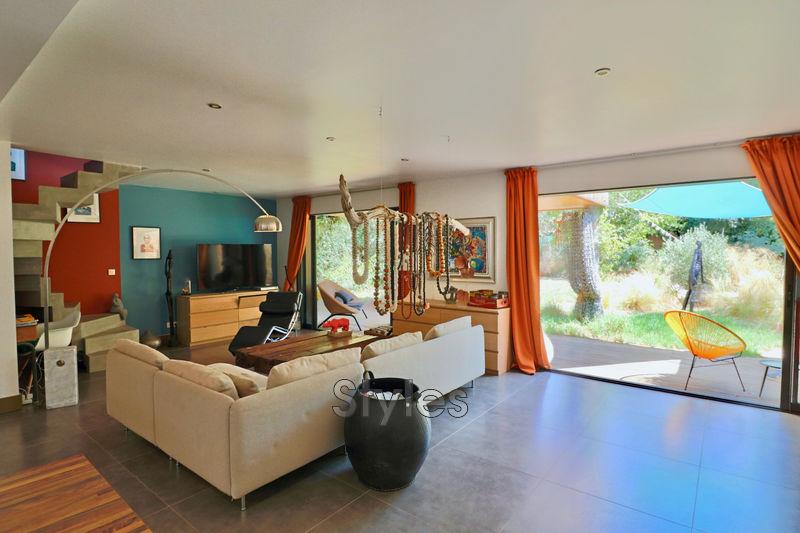 Photo Maison contemporaine Sète   achat maison contemporaine  3 chambres   143m²
