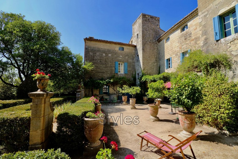 Photo Property Uzès   to buy property  5 bedrooms   570 m²