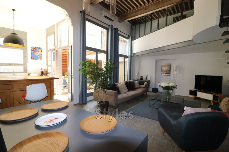 Photo Appartement Montpellier   achat appartement  4 pièces   160m²