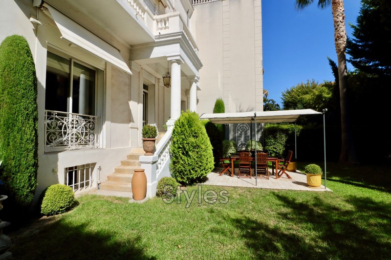 Photo n°9 - Vente appartement Marseille 13008 - 945 000 €