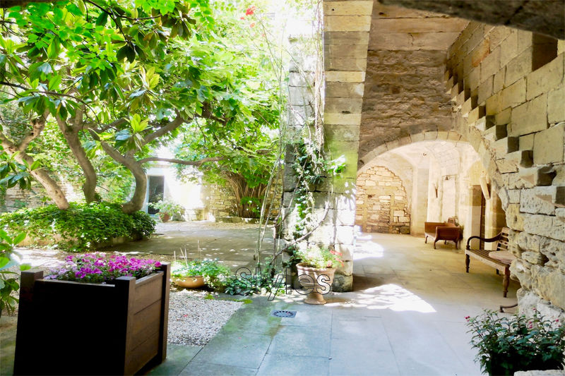 Photo Castle Uzès   to buy castle  10 bedrooms   770 m²
