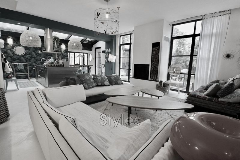 Photo Maison Montpellier   achat maison  5 chambres   280m²