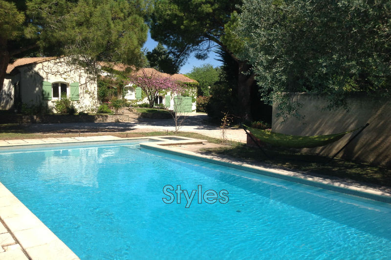 Photo Villa Montpellier   achat villa  6 chambres   200m²