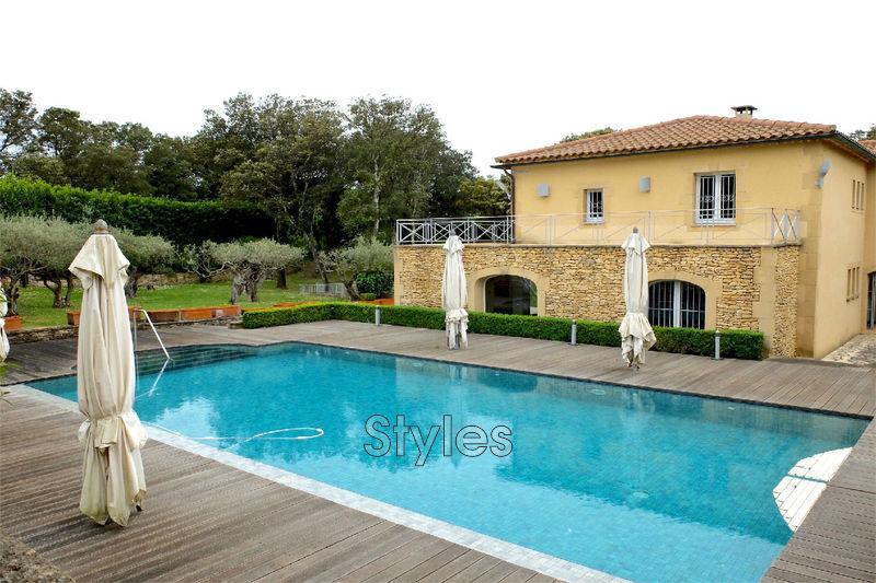 Photo Villa Uzès   achat villa  5 chambres   280m²
