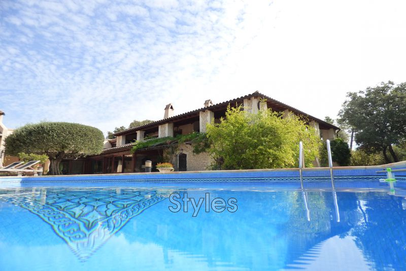 Photo Villa Uzès   achat villa  6 chambres   277m²