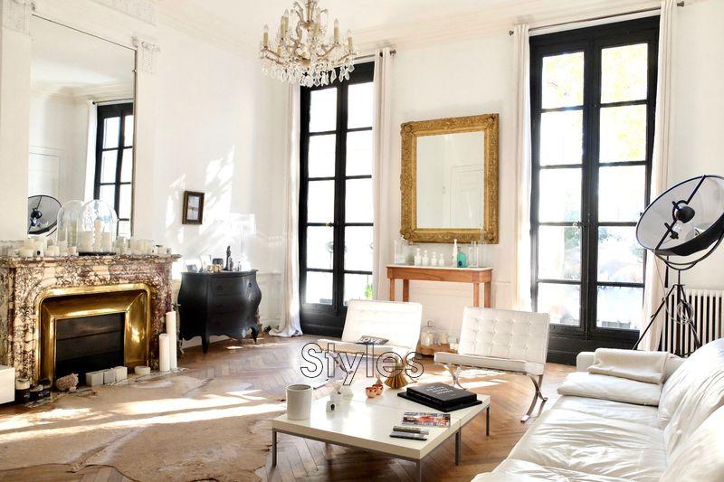 Photo Appartement Montpellier   achat appartement  5 pièces   171m²