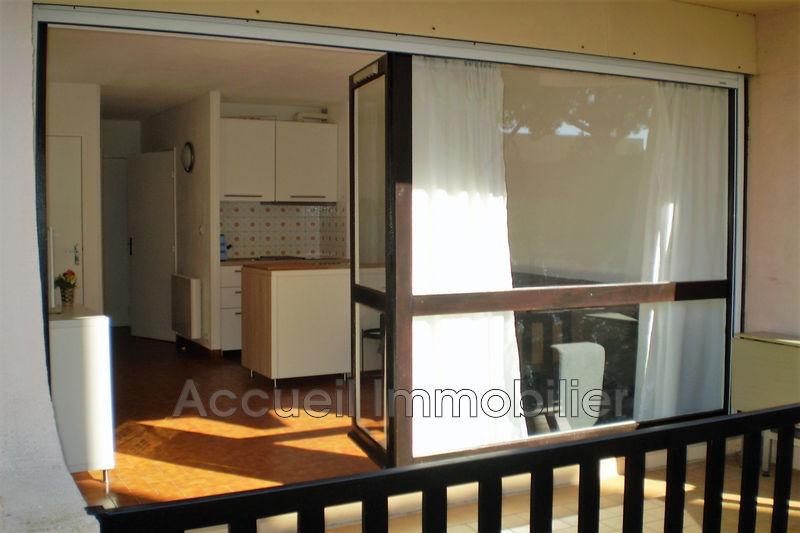 Photo Appartement Le Grau-du-Roi Rive droite centre ville,  Location saisonnière appartement  1 pièce   25m²