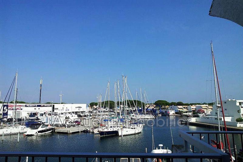 Photo Appartement marina Port-Camargue Plage sud,  Location saisonnière appartement marina  1 pièce   23m²