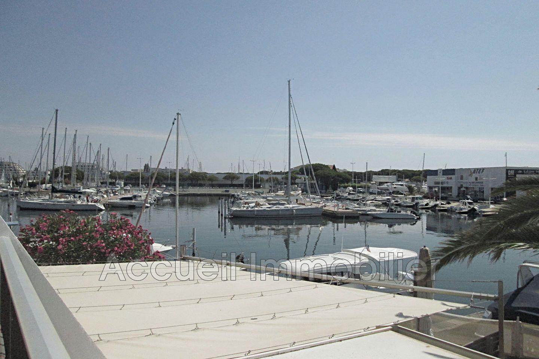 vente maison marina port camargue 30240 322 000. Black Bedroom Furniture Sets. Home Design Ideas