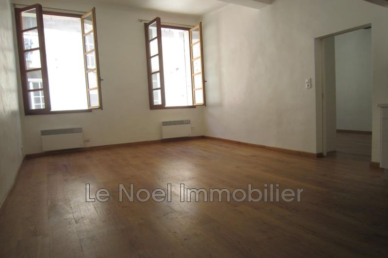 Photo Appartement Aix-en-Provence Centre ville,  Location appartement  2 pièces   51 m²