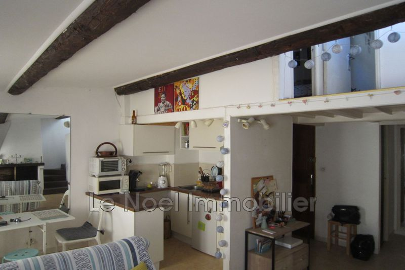 Photo Appartement Aix-en-Provence Centre ville,  Location appartement  2 pièces   41 m²