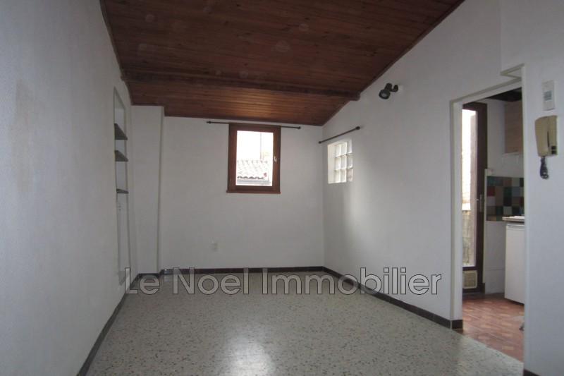 Photo Appartement Aix-en-Provence Arts et metiers,  Location appartement  1 pièce   18m²