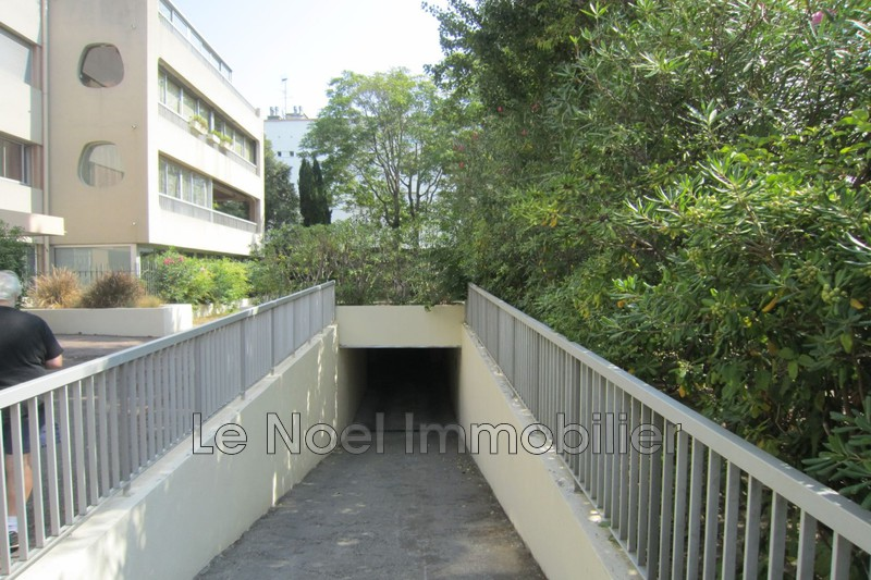 Photo n°2 - Location garage Marseille 13008 - 90 €