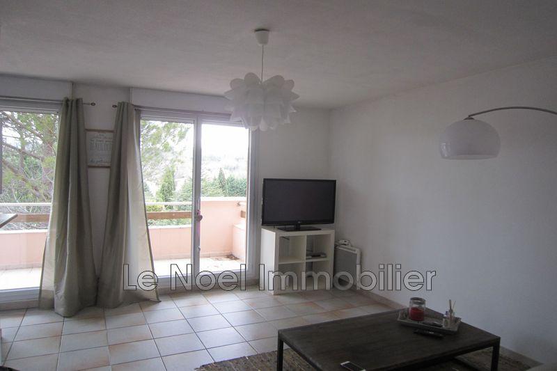 Photo Appartement Aix-en-Provence Route d'eguilles,  Location appartement  2 pièces   42m²