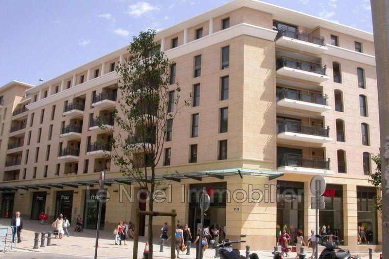 Photo Appartement Aix-en-Provence Rotonde,  Location appartement  4 pièces   96m²