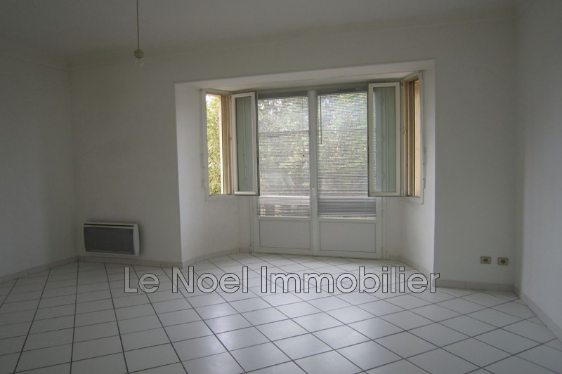Photo Appartement Aix-en-Provence Gambetta,  Location appartement  2 pièces   43m²