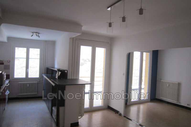 Photo Appartement Aix-en-Provence Centre-ville,  Location appartement  2 pièces   54 m²