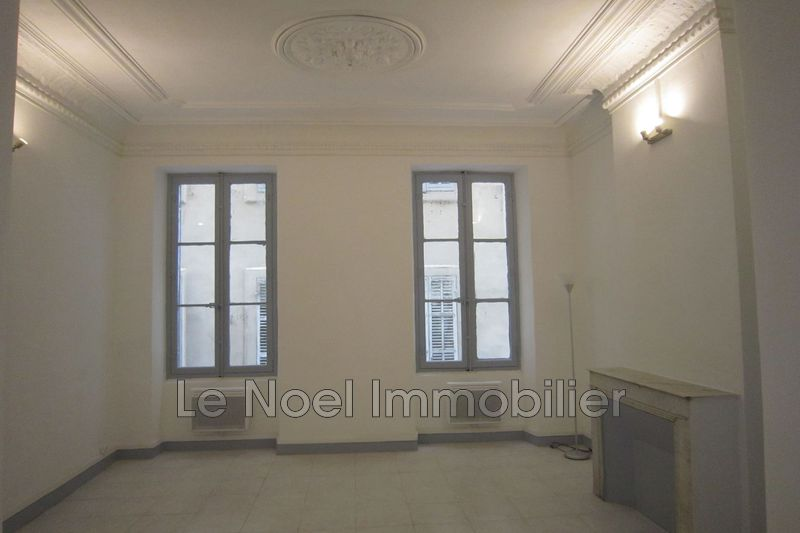Photo Appartement Marseille La joliette,  Location appartement  2 pièces   35 m²