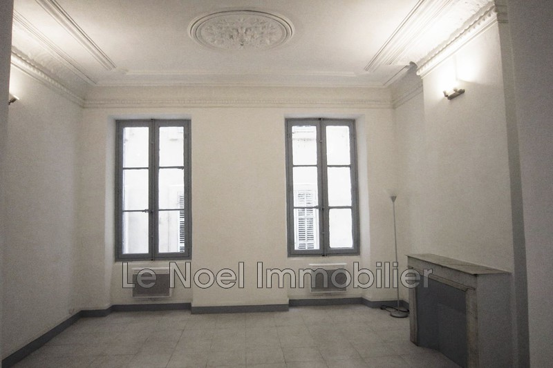 Photo Appartement Marseille La joliette,  Location appartement  2 pièces   35m²