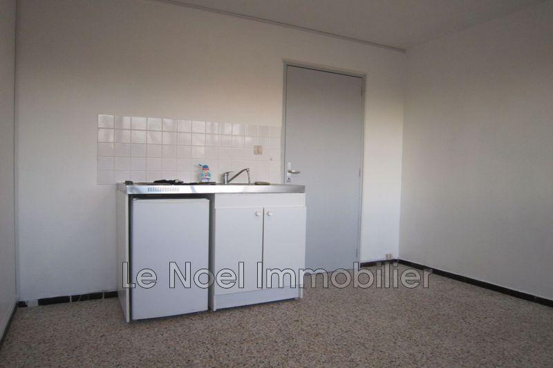 Photo n°1 - Location appartement Aix-en-Provence 13090 - 450 €