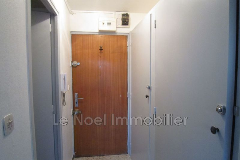 Photo n°3 - Location appartement Aix-en-Provence 13090 - 450 €