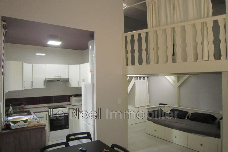 Photo Appartement Aix-en-Provence Centre-ville,  Location appartement  2 pièces   47m²