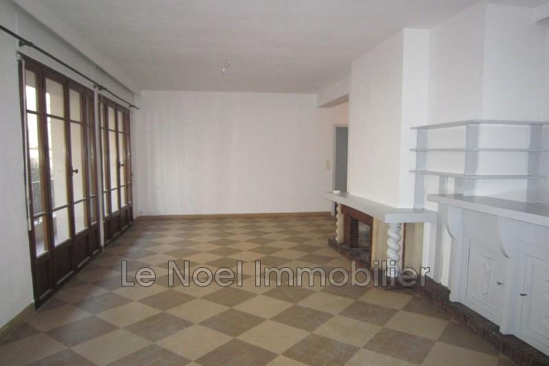 Photo Appartement Marseille Centre-ville,  Location appartement  3 pièces   71m²